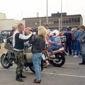 90-luku. Äitienpäivän ajelutukset